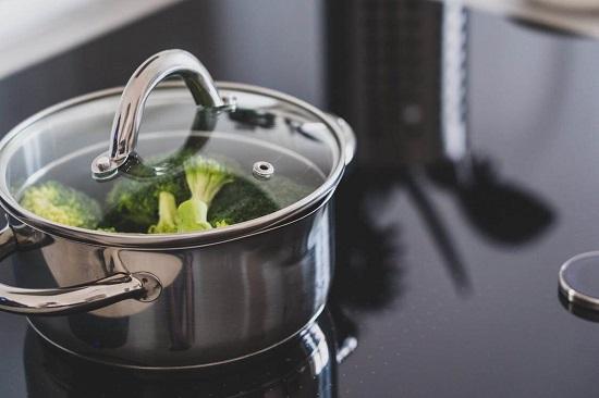 garnek do zdrowego gotowania na parze